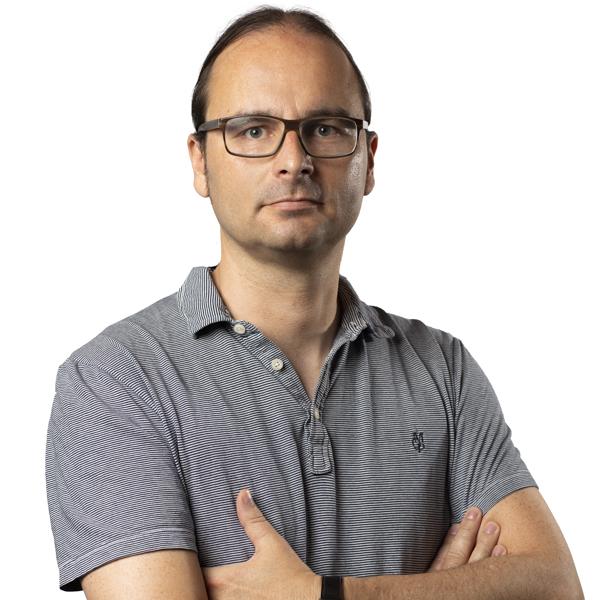 FRANK SCHMUCKER